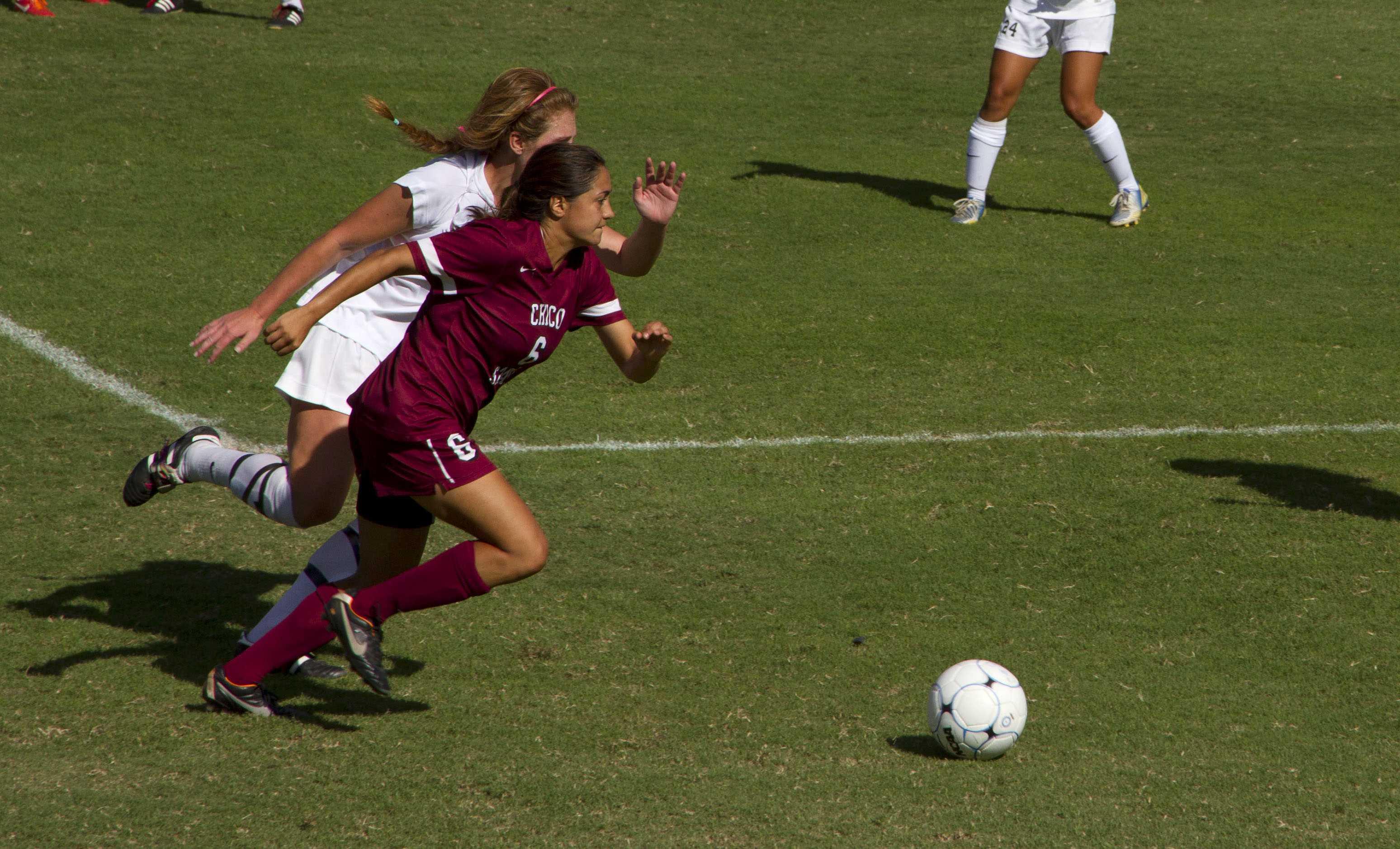 Photo gallery   Women's soccer falls to Pomona