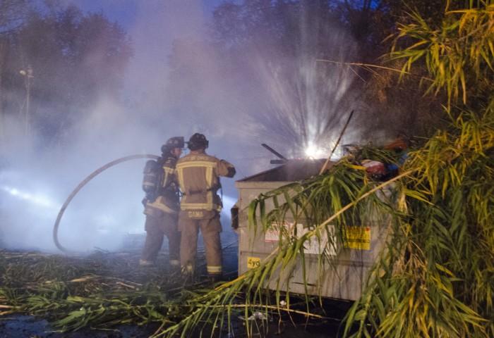 Bamboo blaze smokes out avenues