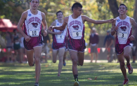 Men's cross-country team competes for 13th consecutive title