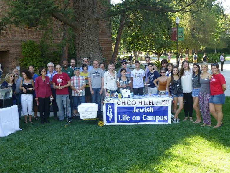 The Chico State Jewish campus organization, Chico Hillel, gathers in Trinity Commons to promote the club. Photo courtesy Chico Hillel
