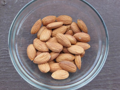Try snacking on a handful of almonds between meals. Photo credit: Christina Saschin