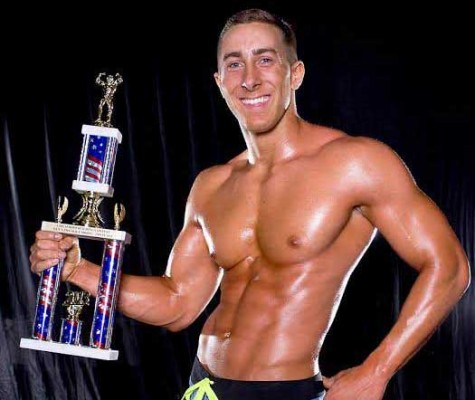 Student muscles his way into bodybuilding world