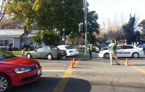 Car accident on West Sacramento Avenue and Warner Streets