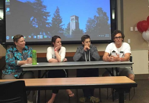 Trisha Seastrom, left, facilitates a panel focused on personal stories of prescription drug abuse. Photo credit: Kristina Martinez