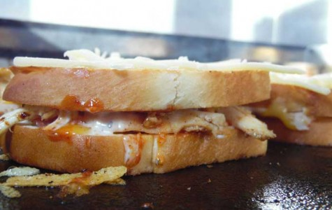 Grilled cheese food truck cuts tasty path through Chico