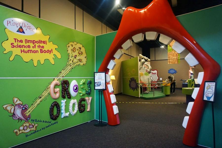The+entrance+to+the+%22Grossology%22+exhibit+is+a+mouth%2C+beckoning+visitors+to+go+inside.+Photo+credit%3A+Floritzel+Salvador