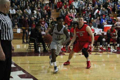 Sophomore Jalen McFerren rushes the Cal State Stanislaus defense at home on Jan. 31. Photo credit: Jordan Olesen