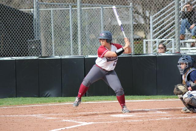 Softball team sweeps UC San Diego in doubleheader