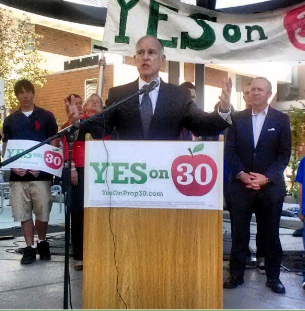 Gov.+Jerry+Brown+speaking+at+Chico+State+on+the+Prop+30+bill+on+Oct.+29%2C+2012.+Photo+courtesy+of+George+Johnston%27s+Instagram.