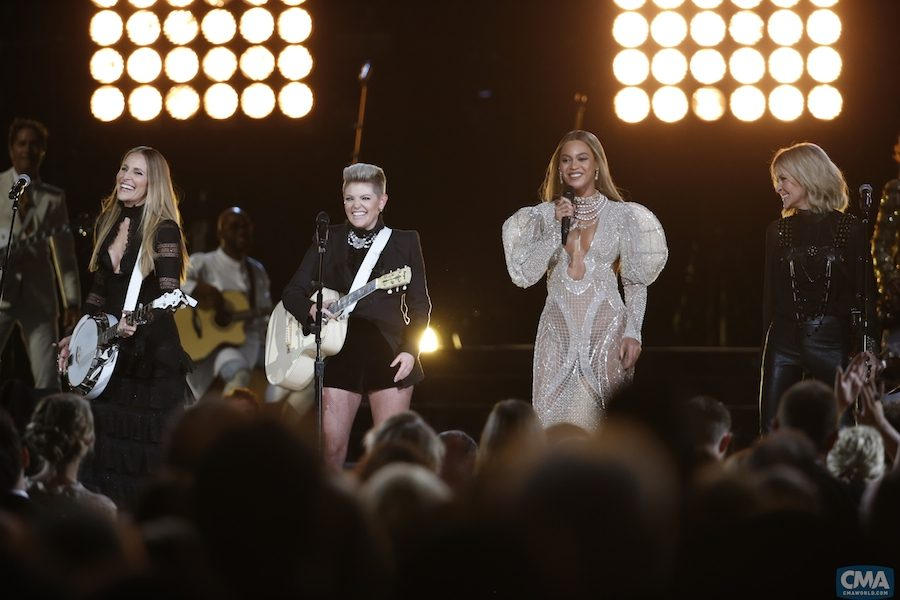 Beyonce gets country and performs at the CMA Awards