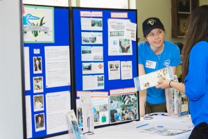 Becky Holden from Butte Environmental Council answers questions from a student. Photo courtesy of FISHBIO.