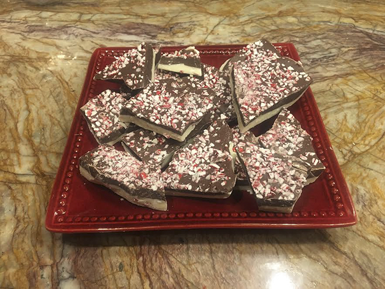 No-bake peppermint bark makes a cheap and tasty treat