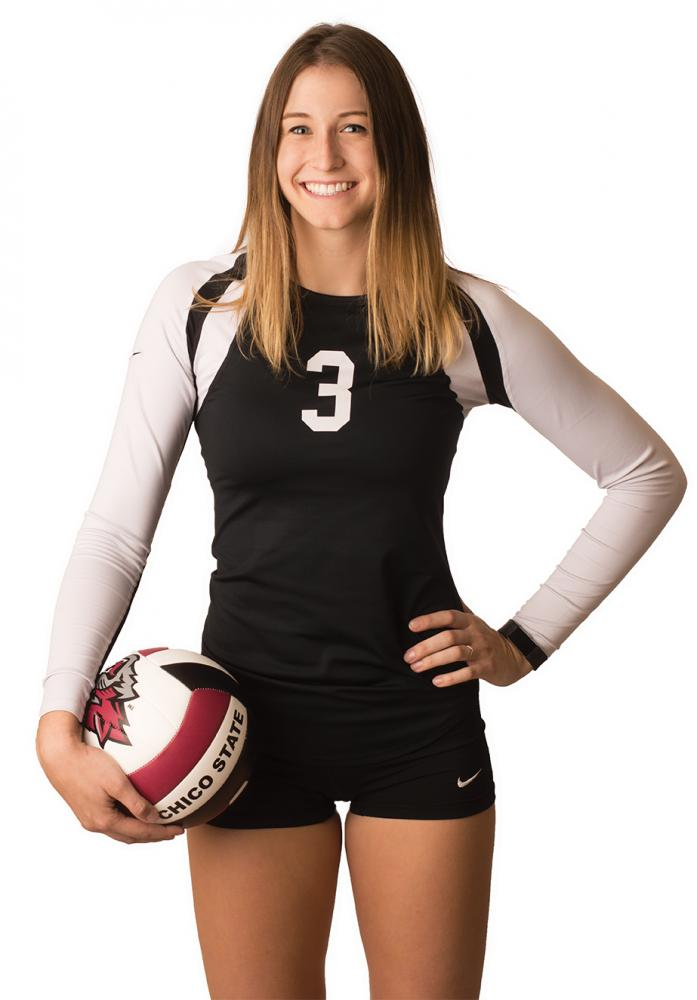 Kim Wright, sophomore middle hitter for the Chico State women's volleyball team. Photo credit: Sean Martens