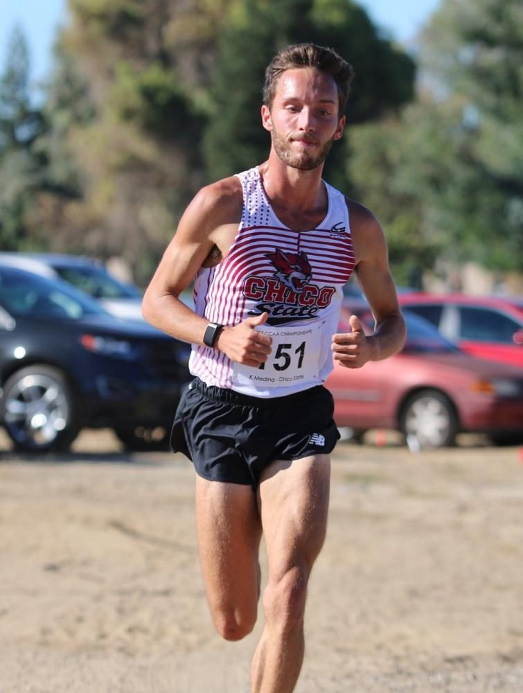 Medina+heads+for+his+first+place+finish+in+the+CCAA+Championships.+Photo+credit%3A+Gary+Towne