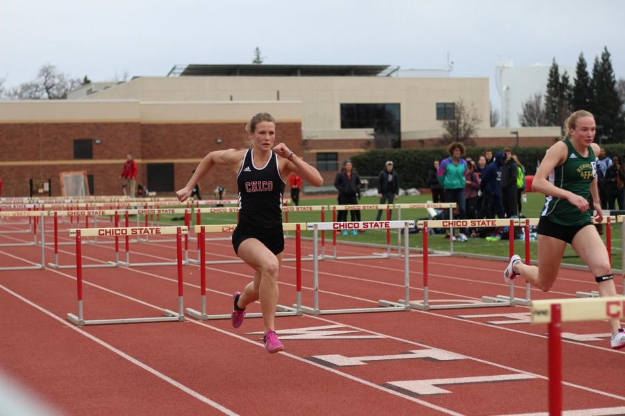 Placing first in the Women 100 Meter Hurdles, freshman Adelae Fredeen finished with 15.49 seconds in hurdles on February 22, 2018. Photo credit: Kailah Cabiles