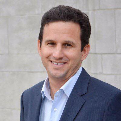Hawaii senator Brian Schatz has introduced the new bill aiming to decrease student debt. Photo courtesy of Mike Inacay.