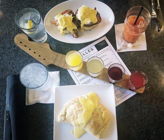 La Salles Plate and flight during breakfast time. La Salles' website's photo
