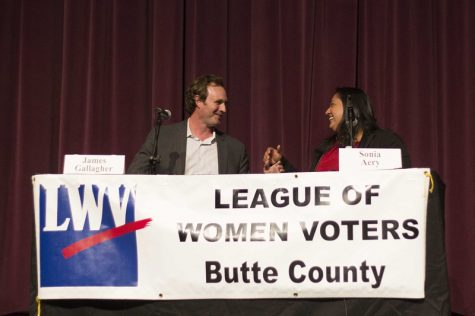Assemblyman James Gallagher and Sonia Aery converse after their closing remarks Tuesday evening at the forum hosted by the League of Women Voters of Butte County Photo credit: Brian Luong