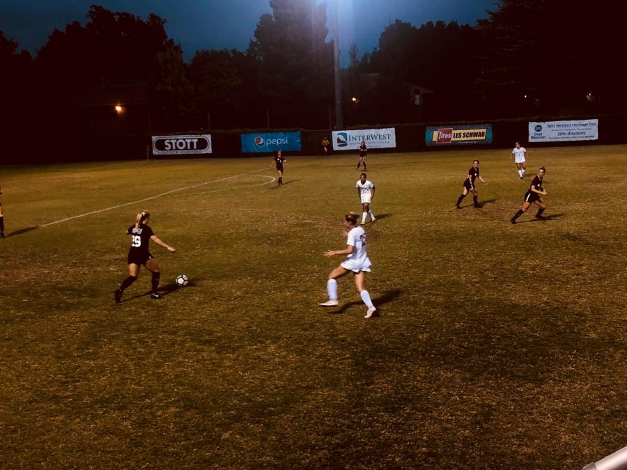 Chico State defends against Seattle Pacific university during a scoreless tie on Thursday night. Photo credit: Wesley Harris