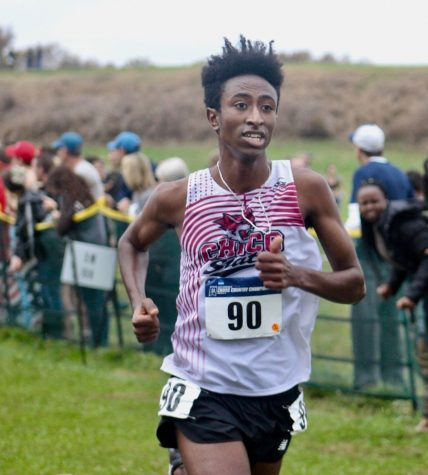 Senior Teddy Kassa focuses on the race. Image courtesy of Chico Wildcats.