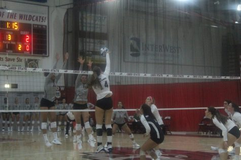 Chico State's #14 Kennedy Rice attempts to score a point against San Francisco State on Friday Photo credit: Ricardo Tovar