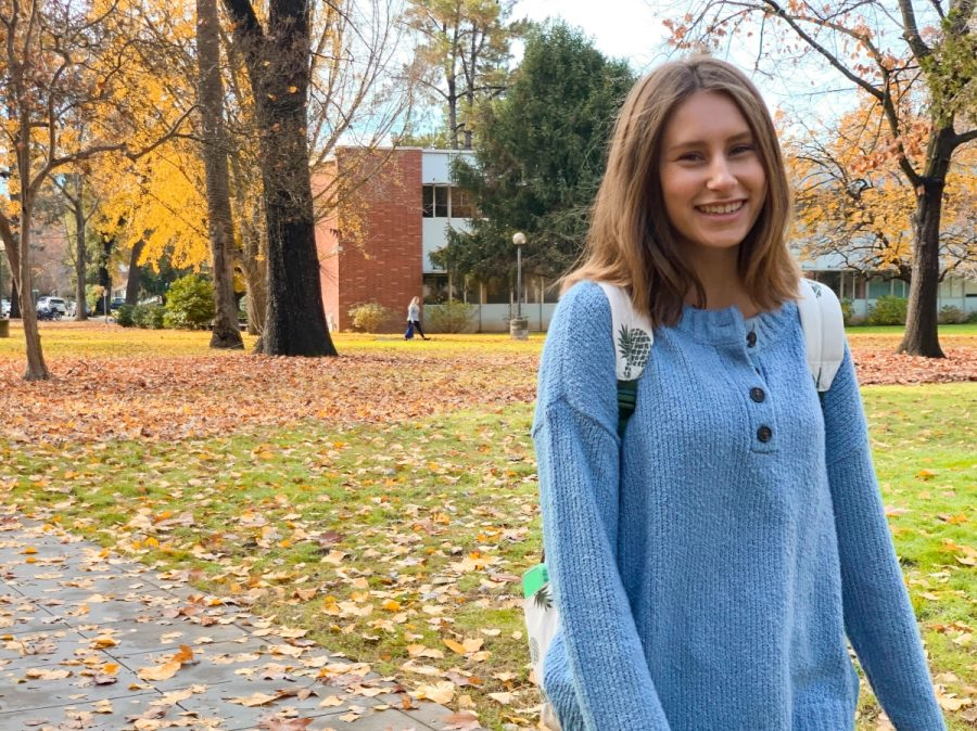 Chico State student Sydney Oliva enjoys the fall weather and beautiful scenery near Bidwell Mansion on Saturday. Photo credit: Maury Montalvo