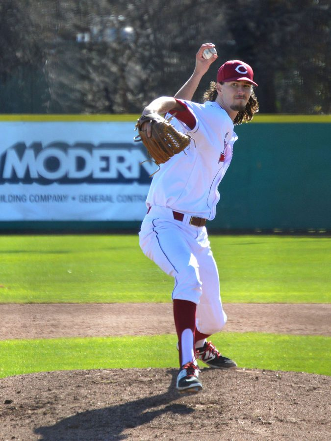 Grant+Larson+delivers+a+pitch+to+a+Stanislaus+State+Warriors+batter+in+Sunday%27s+game+on+Feb.+17%2C+2019.+Photo+credit%3A+Olyvia+Simpson