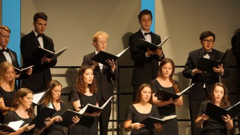 Chico State's Chamber Singers performing