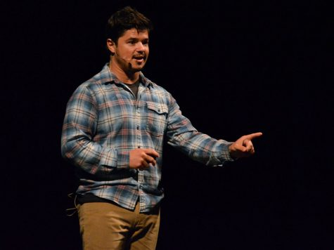 Filipe DeAndrade spoke about his passion for wildlife and videography Wednesday night in Laxson for the National Geographic Live event. He engaged the audience with pictures of breathtaking wildlife and a preview of his upcoming documentary. Photo credit: Olyvia Simpson