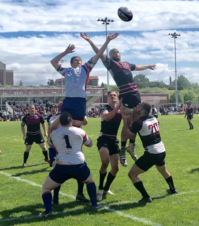 A fight for the ball during a lineout between Chico State and the University of Kansas. Photo credit: Ricardo Tovar