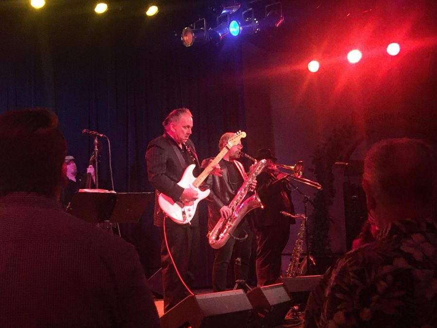 Jimmie Vaughan delivers a whirlwind performance in the Big Room