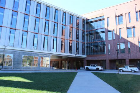 The new science building will hold in-person classes for the fall 2021 semester.