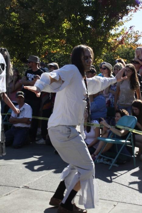 Zombie dancers thrill plaza spectators