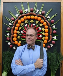 Alton Brown to serve up show in Chico