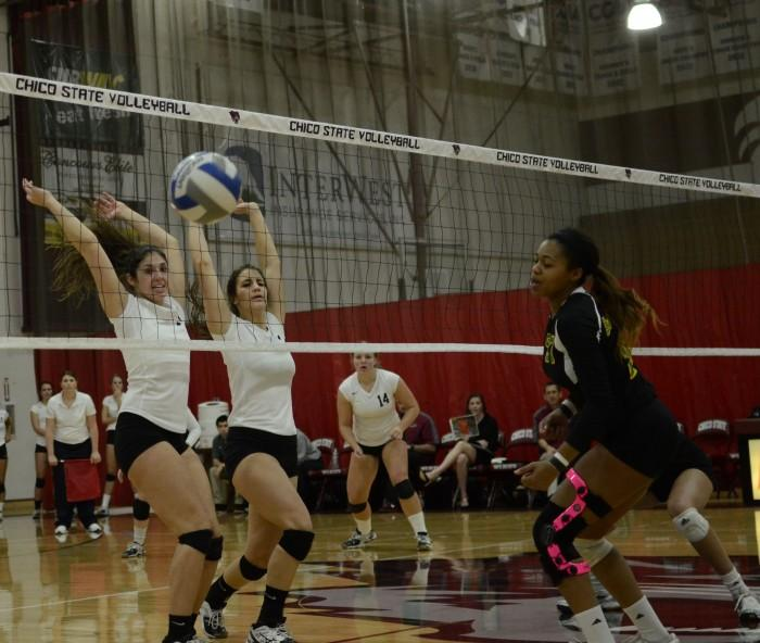'Cats sweep Humboldt State
