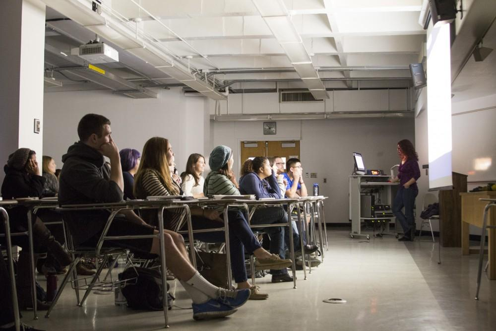 Students are captivated during Thursdays session of Biology of Sex, during which professor Rebecca Brunelli incorporated an activity in which students were either asexual or sexual reproducers.Photo credit: Grant Mahan