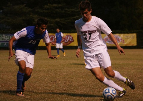 Men's soccer team ends season with 2-2 tie