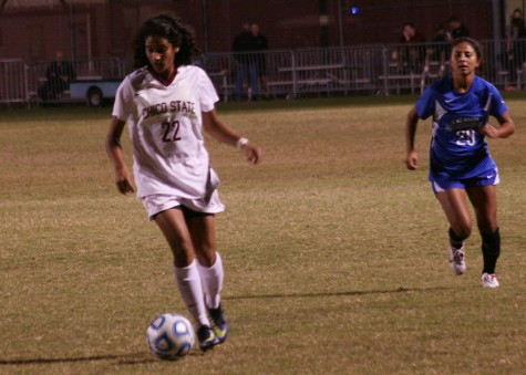 Women's soccer team wins season finale