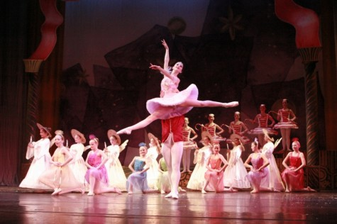 Partnering in 'The Nutcracker:' leads on finding balance, cohesion