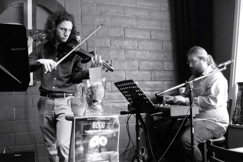 Bogg's violinist Matthew Weiner and keyboardist Joshua Hegg perform with bandmates at Cafe Coda every Friday. The jazz quartet will release its new album on Dec. 13. Photo credit: Brittany Hausman