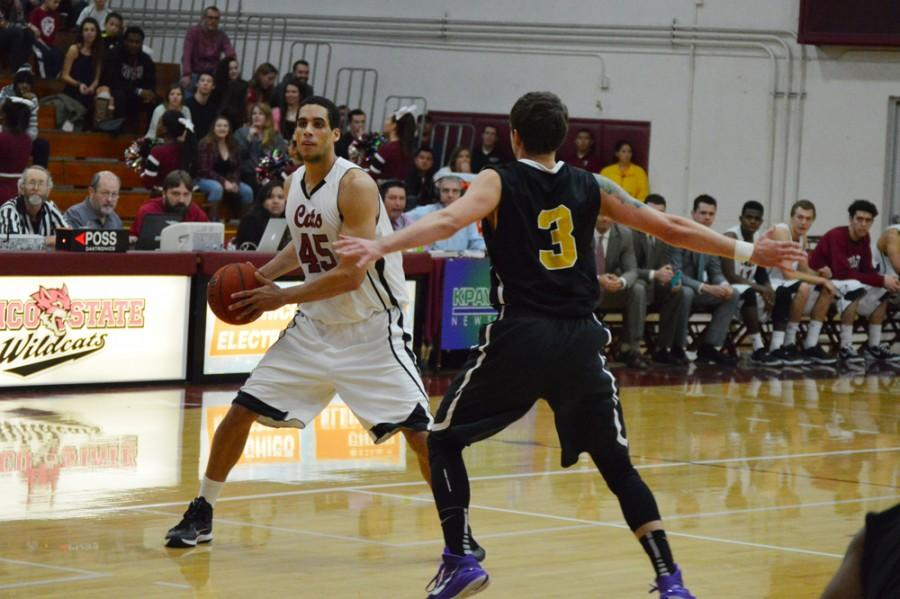 Chico State's Jordan Semple (45) being guarded by San Francisco State's Bren Haley (3) on Jan 16. Photo credit: Caio Calado