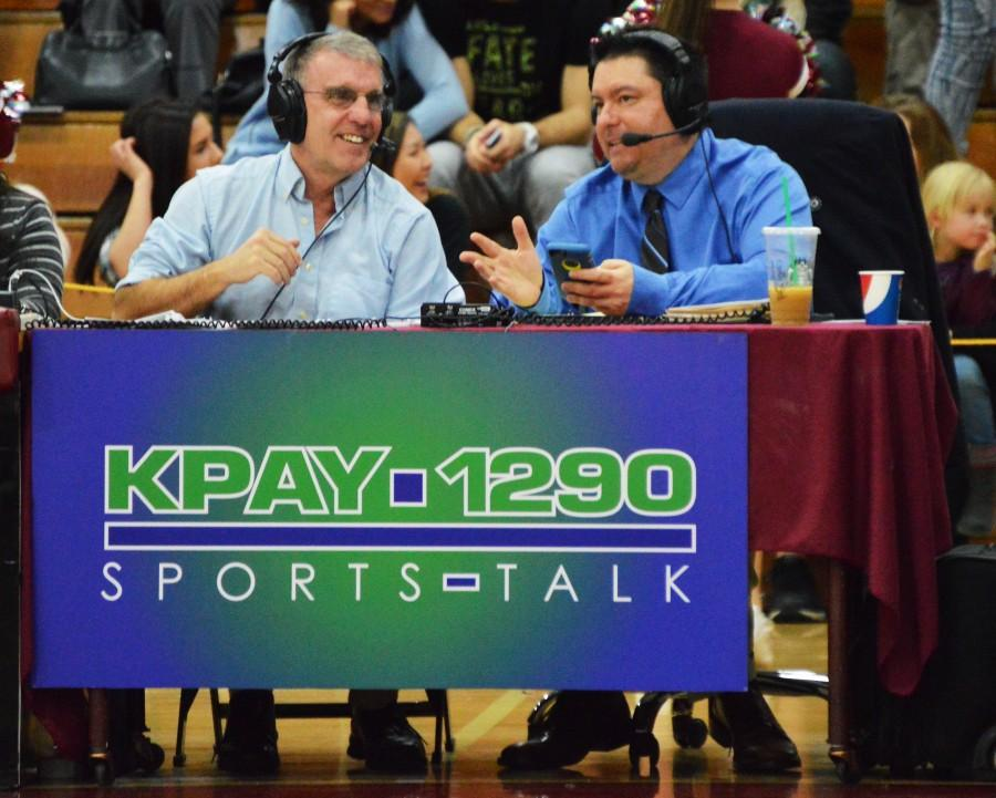 Mike Baca (right) talking to co-host Mike Wessels. Photo credit: Caio Calado