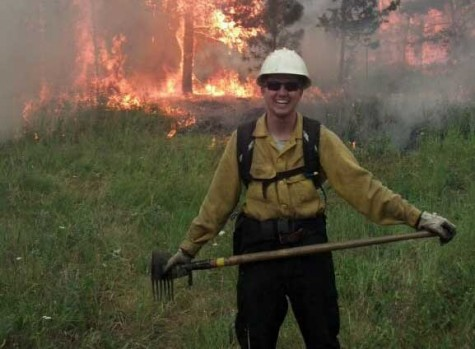 Wildcat battles blazes as volunteer firefighter
