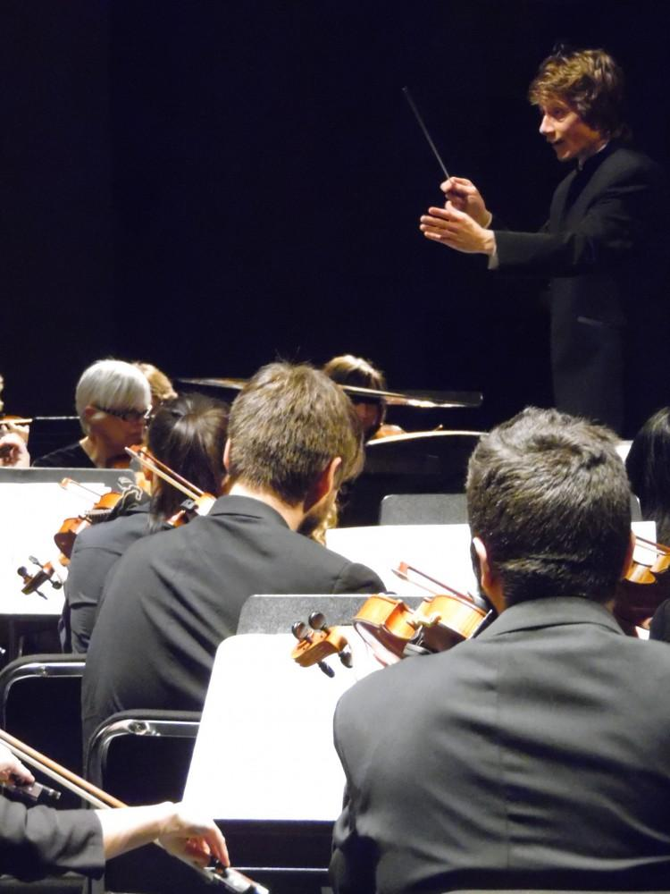 Scott Seaston conducting the North State Symphony in Mendelssohn's A Midsummer's Night Dream  last January at Laxson auditorium Photo credit: George Johnston