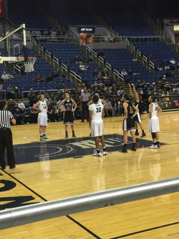 Women's basketball loses exhibition to University of Nevada, Reno 52-81