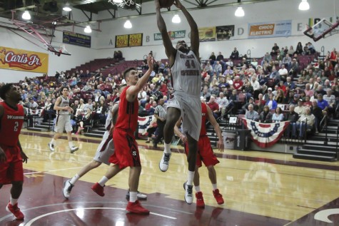 Men's basketball team wins fourth straight game