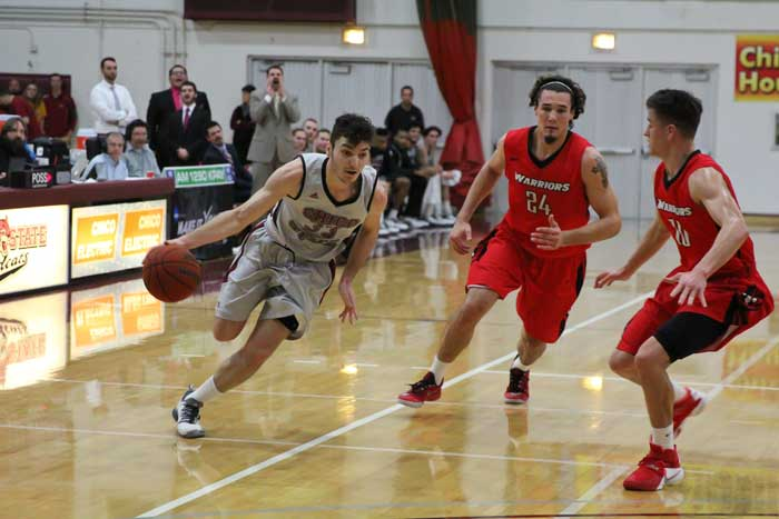 Sophomore+guard+Corey+Silverstrom+attacks+the+defense+against+Cal+State+Stanislaus+on+Jan.+30.+Photo+credit%3A+Jordan+Olesen