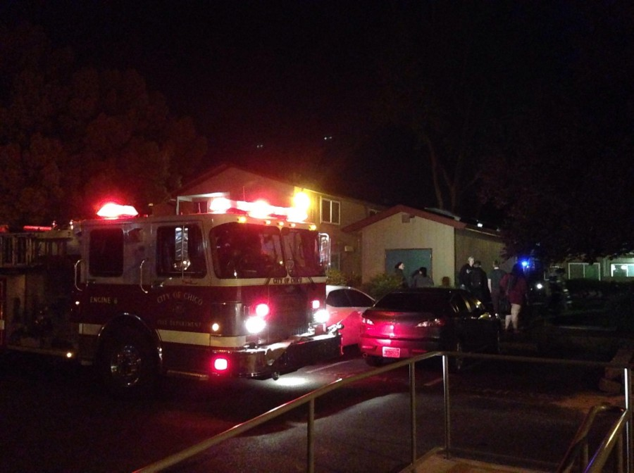 A+fire+at+University+Village%27s+building+two+caused+students+to+evacuate+Thrudsay+night.+Photo+credit%3A+Michelle+Zhu