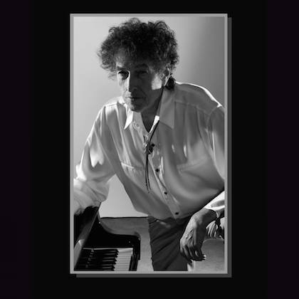 Promotional image of Bob Dylan for his new album