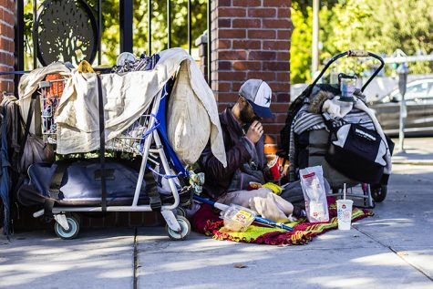 Blanket drive helps keep homeless from freezing